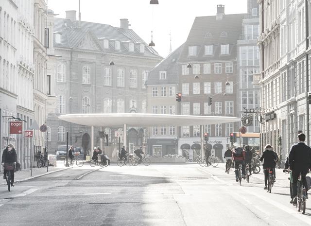 Campagnebeeld hor_Ride a Bike_Norreport Station Kopenhagen_Foto_© Rasmus Hjortshoj